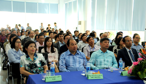 Trade counselors visit Vietnam's largest dairy company