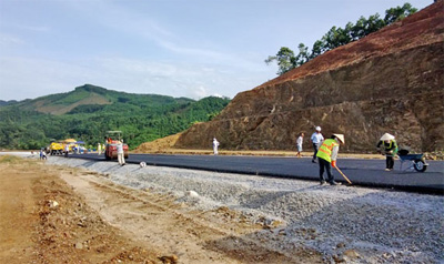 PM okays expansion of road to Cambodia