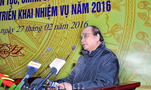 Deputy PM Nguyen Xuan Phuc urges fine-tuning of ethnic policies