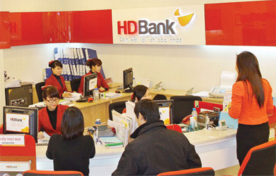Banks sell non-performing loans to reduce bad debt