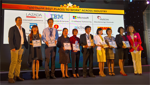 Microsoft retopped the rank of Vietnam's ICT best places to work