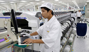 VN, EU work to strengthen employee rights