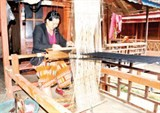 brocade weaving revived at na sang 2