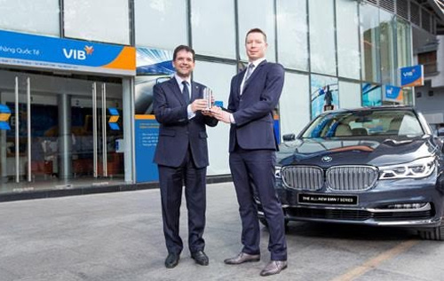 VIB, BMW sign strategic agreement