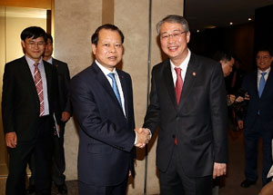 VN, RoK boost cooperation in finance