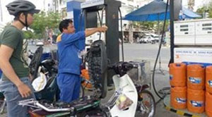 Gasoline prices rise by VND1,200