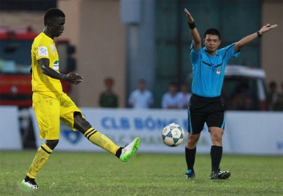 Hanoi referee out of professional domestic leagues