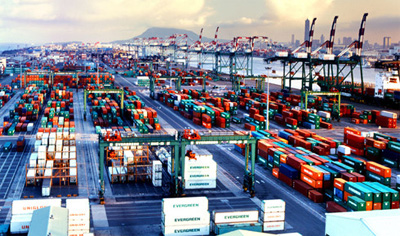 Logistics services market takes off in Vietnam