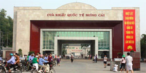 Mong Cai border gate working hours extended