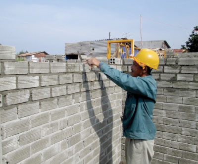 Using unbaked bricks to protect the environment