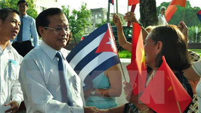 Cuba wishes to augment socio-economic cooperation with Vietnam