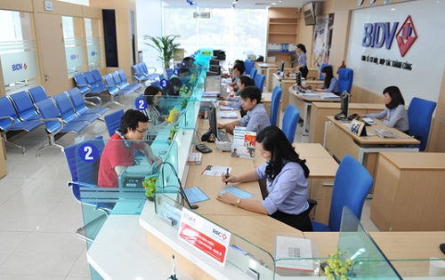 Three Vietnamese banks on Forbes list of 2,000 largest public companies