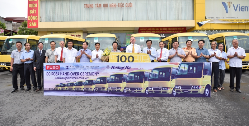 The first fleet of 100 ROSA Buses arrives the first customer