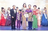 vn businesswoman crowned mrs asia international