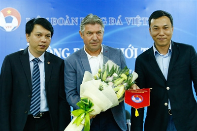 Gede expected to revamp Việt Nam football