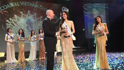 Quynh Chi wins beauty pageant in Atlantic City