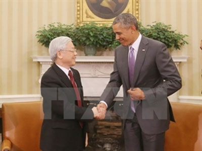Vietnam, US sign MoU to boost defence ties