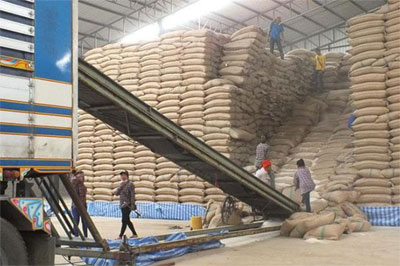 Thai rice export to meet 2015 target