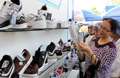 Ministry continues promoting Buy-Vietnam Goods campaign