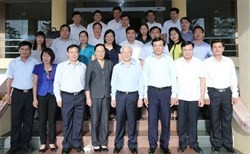 party chief works with dien bien province