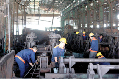 Industrial production, exports struggle to hit targets