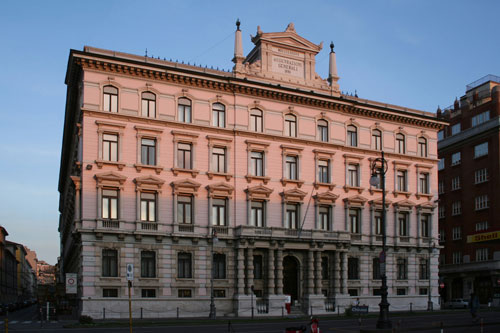 Generali: record-breaking half-year closed with excellent results
