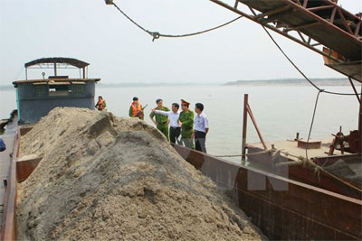 Phu Yen tightens mining management