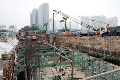 Hanoi calls for outside investment