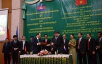 vietnam cambodia to build model border market