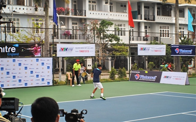 Hanoi to host tennis tournament for teenager