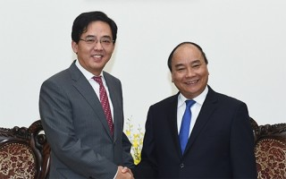 vietnam consistently treasures relationship with china pm