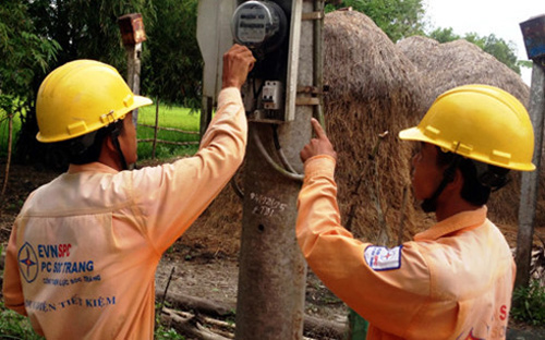Thousands of Khmer households get access to power