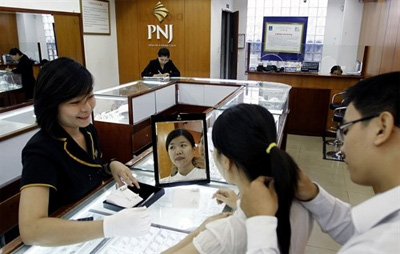 Vietnamese gem, gold firms look to India