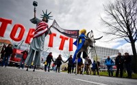 eus ttip trade deal with the us has collapsed says germany