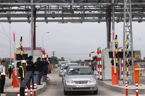 Vietnam to use electronic toll collection technology