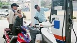 ron 92 petrol price raised by vnd612 per liter