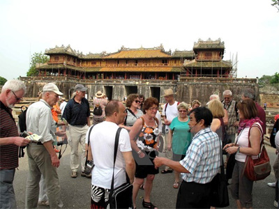 Foreign tourist arrivals rise 8.3 percent in September