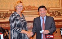 hcm city leader hosts unicef regional director