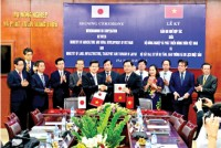 japan vietnam promote cooperation