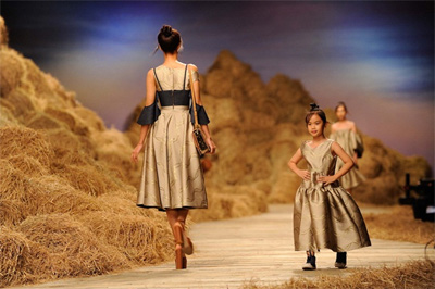 Junior Fashion Week comes to HCM City