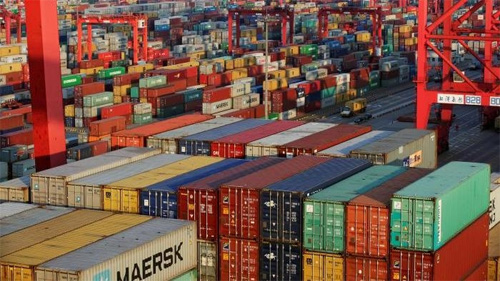 WTO cuts 2016 world trade growth forecast to 1.7 percent