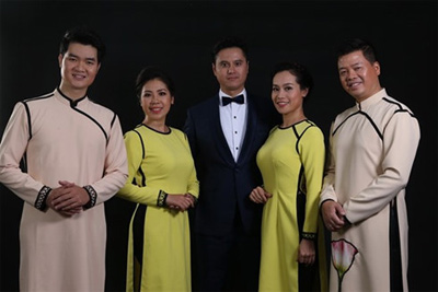 Classical singers host concert at Opera House