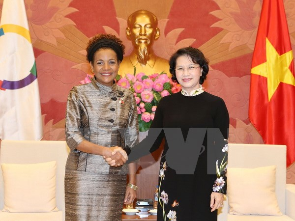 NA Chairwoman receives OIF Secretary General