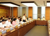 legislators discuss economic restructuring socio economic development plans