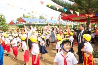 helmets for kids expands to serving ethnic minority children in vietnam