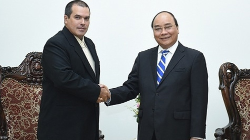 Vietnam, Cuba news agencies asked to promote national relations