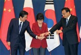 leaders of japan rok china meet for tripartite summit