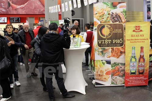 Vietnam promotes trade in Germany, Poland