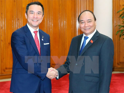PM meets with Governor of Japan's Mie prefecture