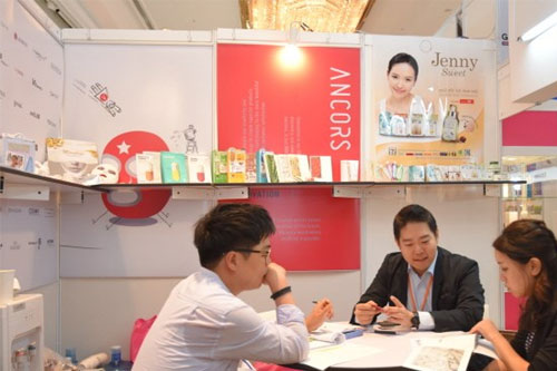 First RoK trade fair kicks off in HCM City